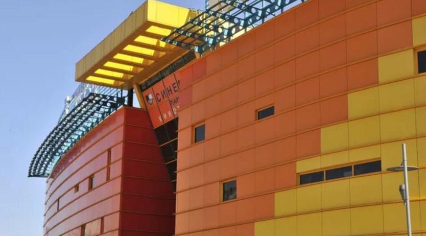 вентилируемые фасады в Москве кинотеатр