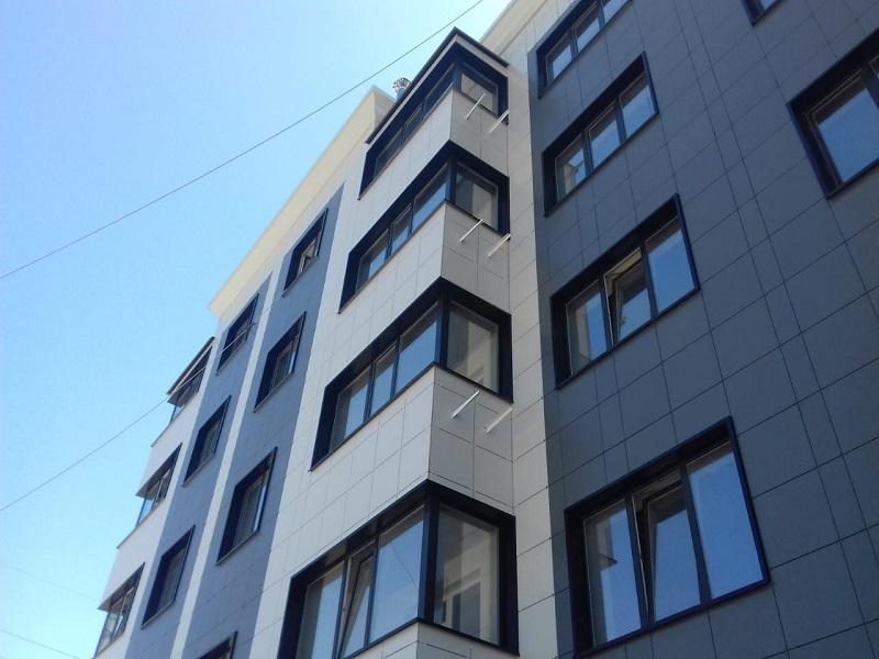 навесной вентилируемый фасад для высотного здания