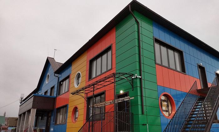 навесной фасад для магазина