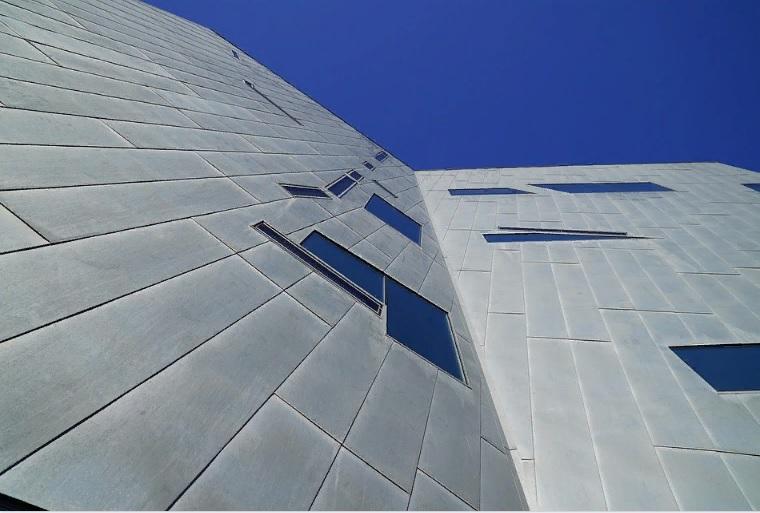 навесные вентфасады из композитных панелей