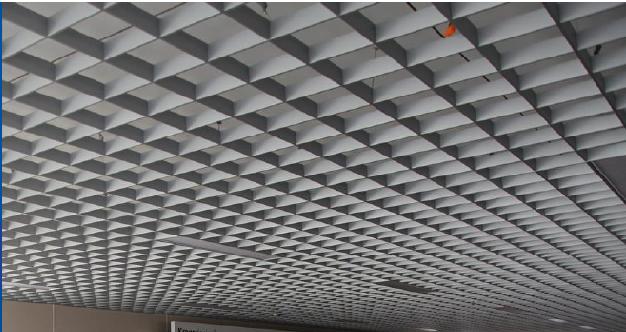 сделать подвесной потолок в коридоре
