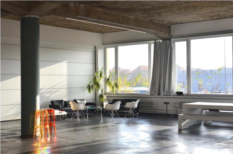 Потолки с открытой инженерией или подвесные?